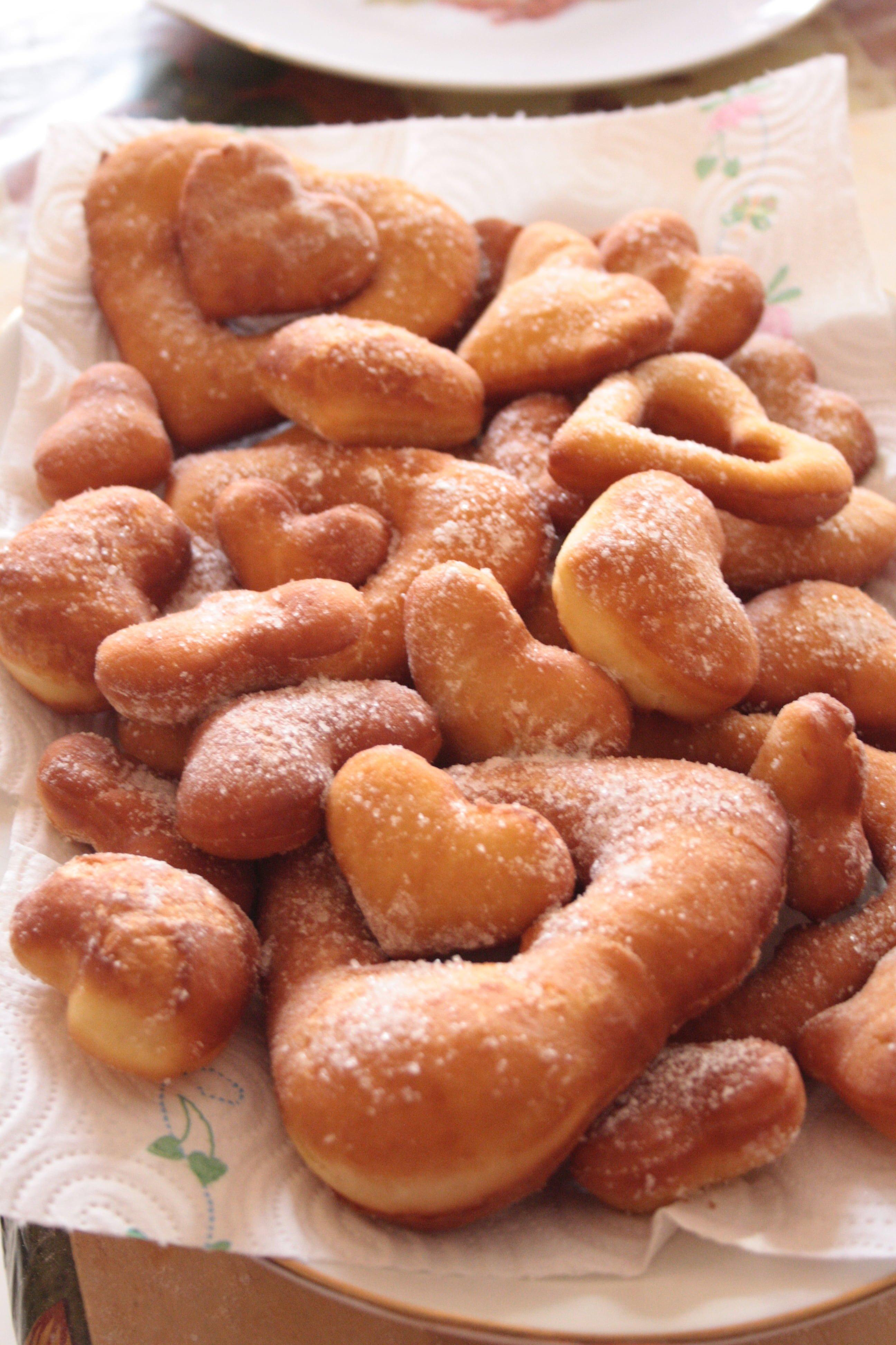 Frittelle a cuore di San Valentino