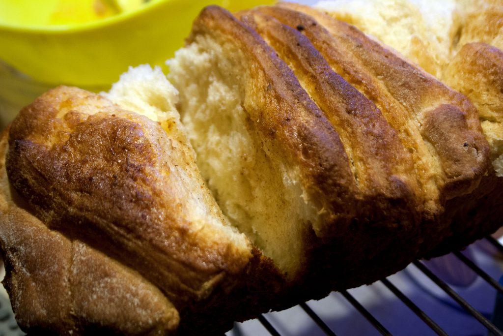 Pull apart bread con mele e cannella