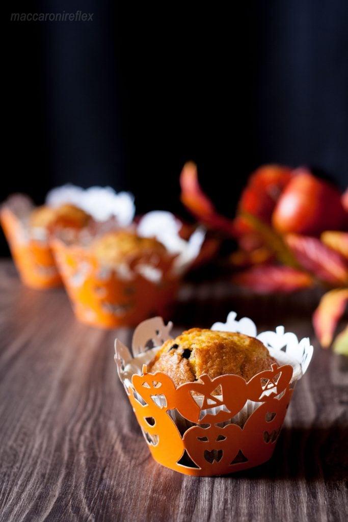 muffin-alla-zucca-e-gocce-di-cioccolato-per-halloween