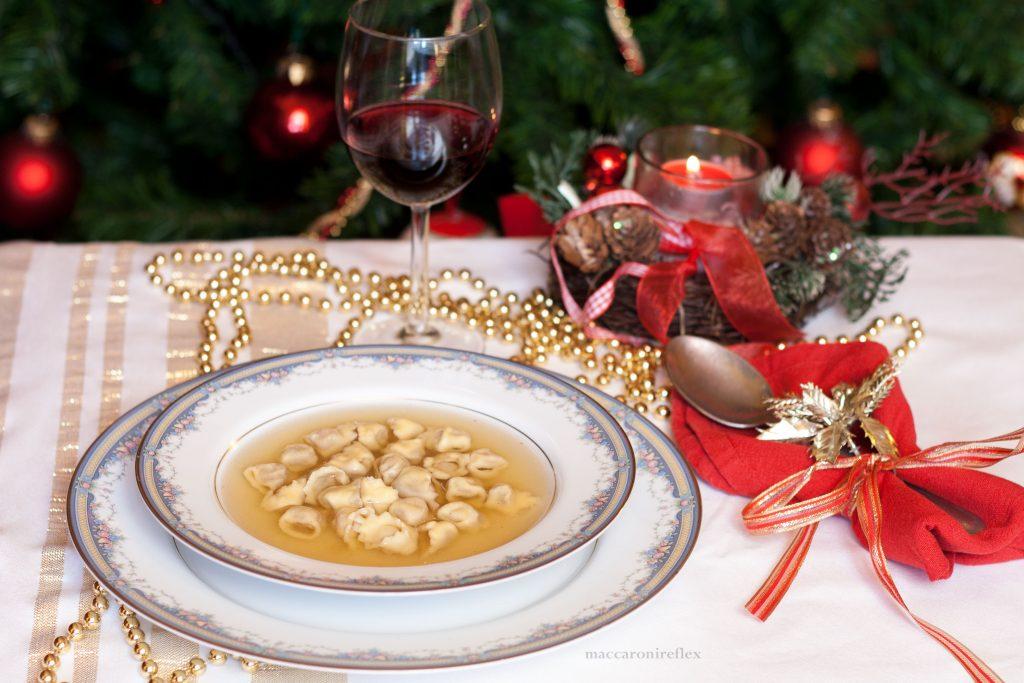 Cappelletti in brodo di Natale