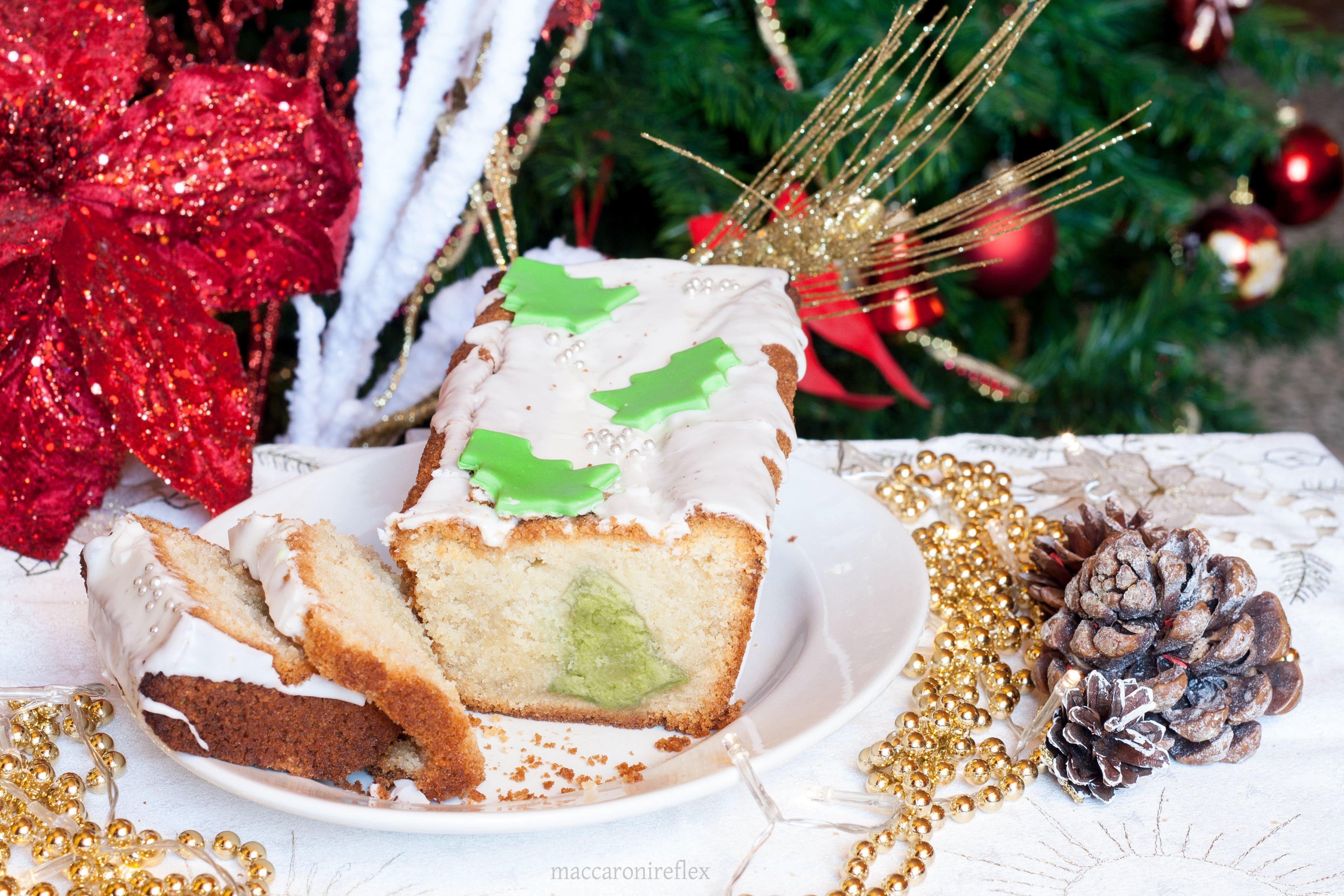 Plumcake con sorpresa di Natale