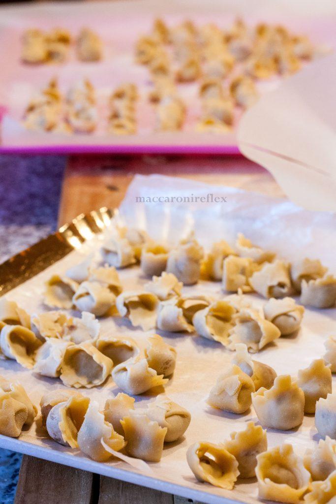 Cappelletti in brodo - ricetta di Natale in Piemonte