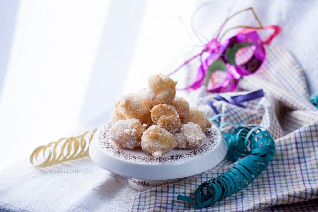 Frittelle di Carnevale - pasta choux