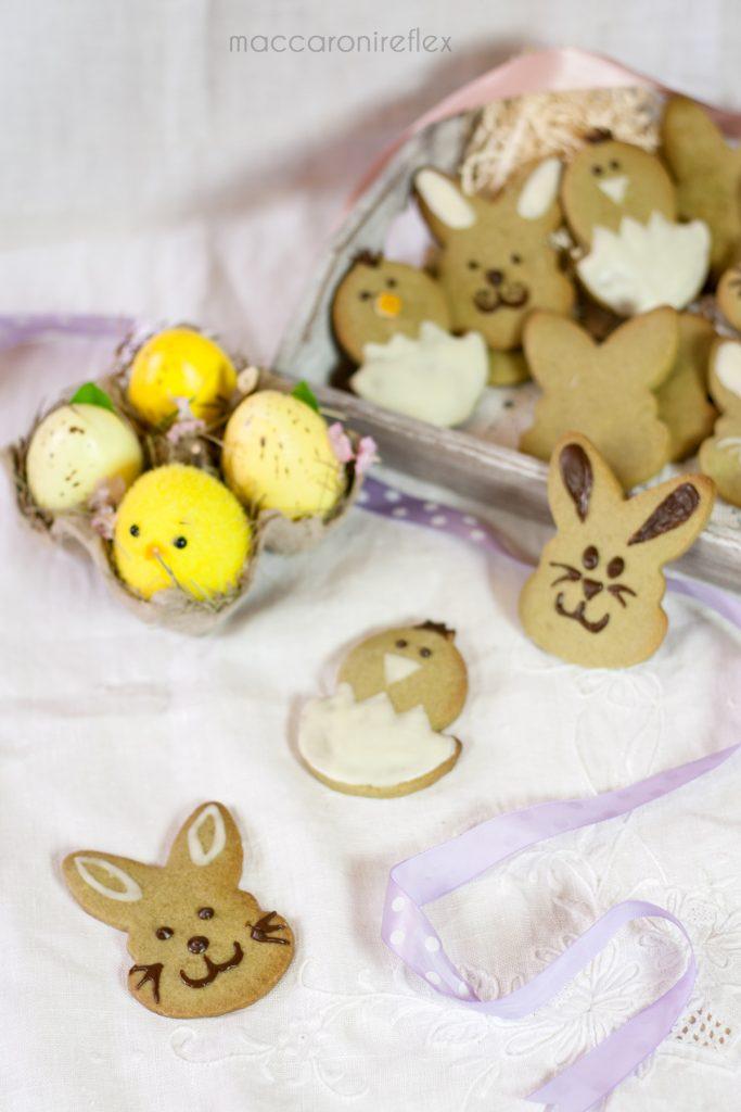 Biscotti al tè matcha decorati di Pasqua