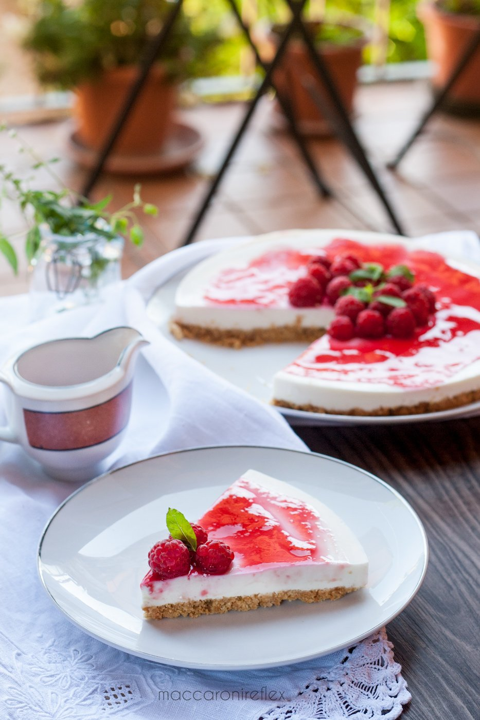 Cheesecake ricotta e yogurt greco con lamponi