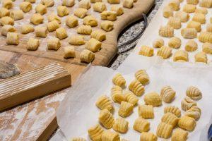 Gnocchi di zucca con gorgonzola e noci - ricetta autunnale