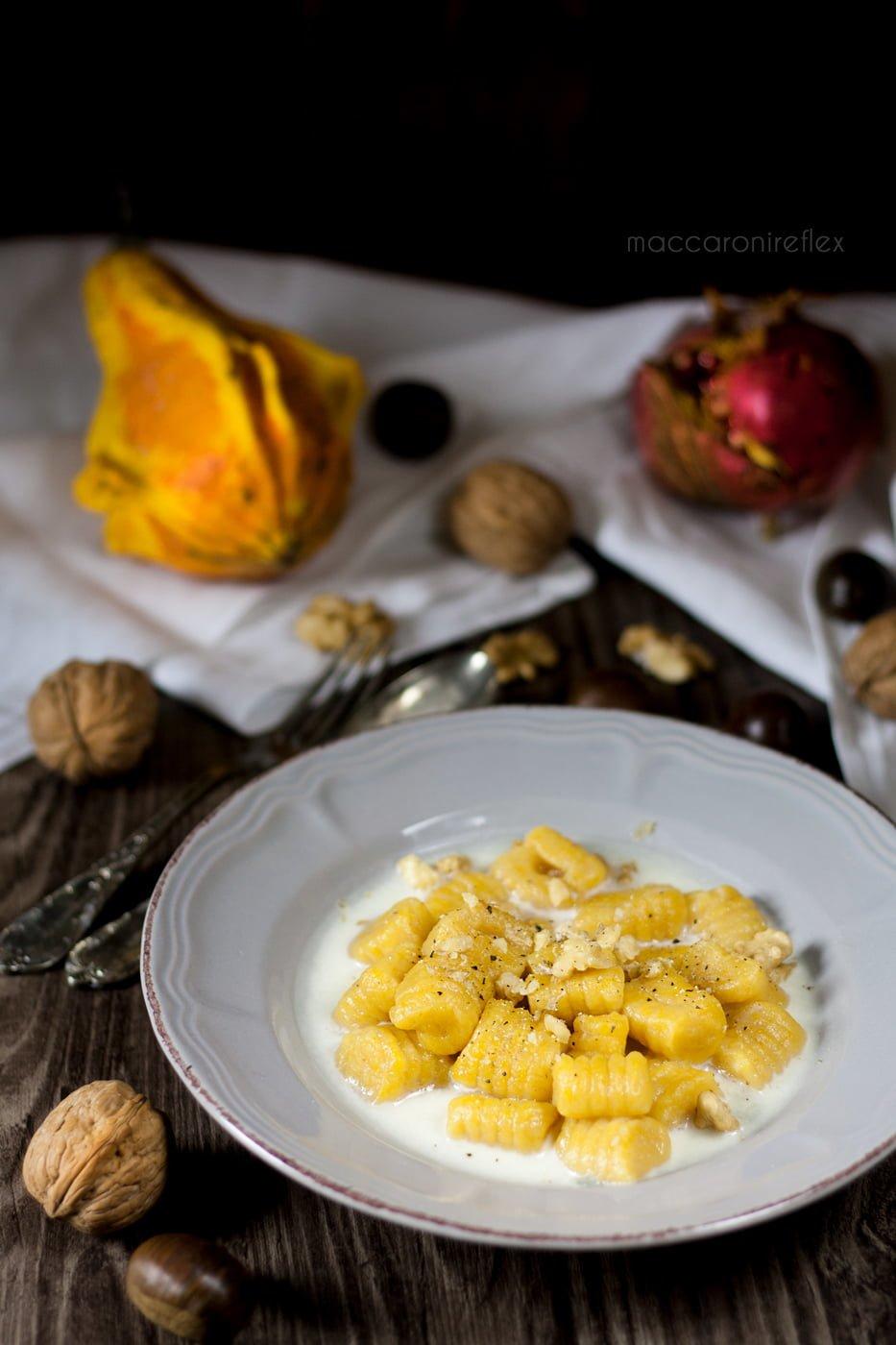Gnocchi di zucca con gorgonzola e noci