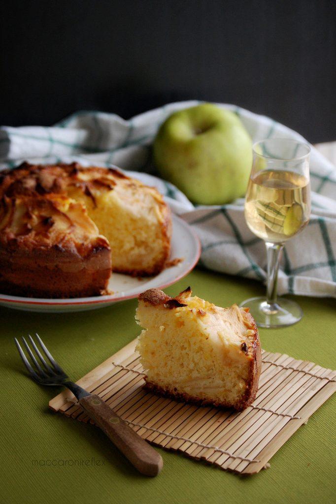 torta di mele della nonna con lo yogurt