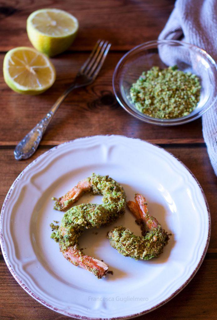 Gamberi gratinati ai pistacchi - ricetta per San Valentino facile e veloce