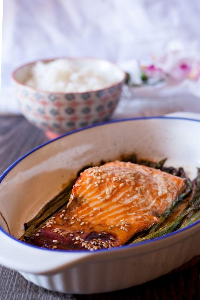 Salmone marinato al forno con asparagina e riso basmati