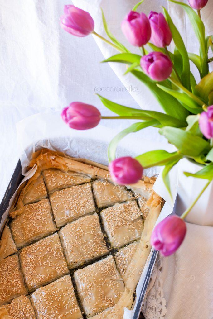 Spanakopita, torta greca con spinaci e feta - ricetta