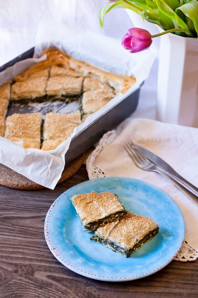 Spanakopita torta greca con spinaci e feta ricetta greca