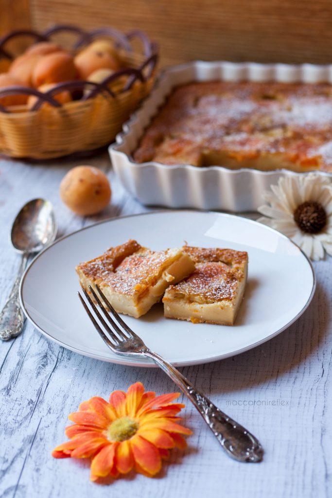 Clafoutis alle albicocche fresche - ricetta estiva