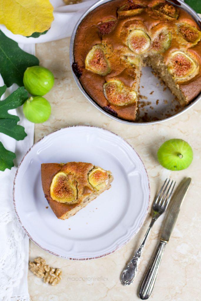 Torta integrale con fichi freschi e noci