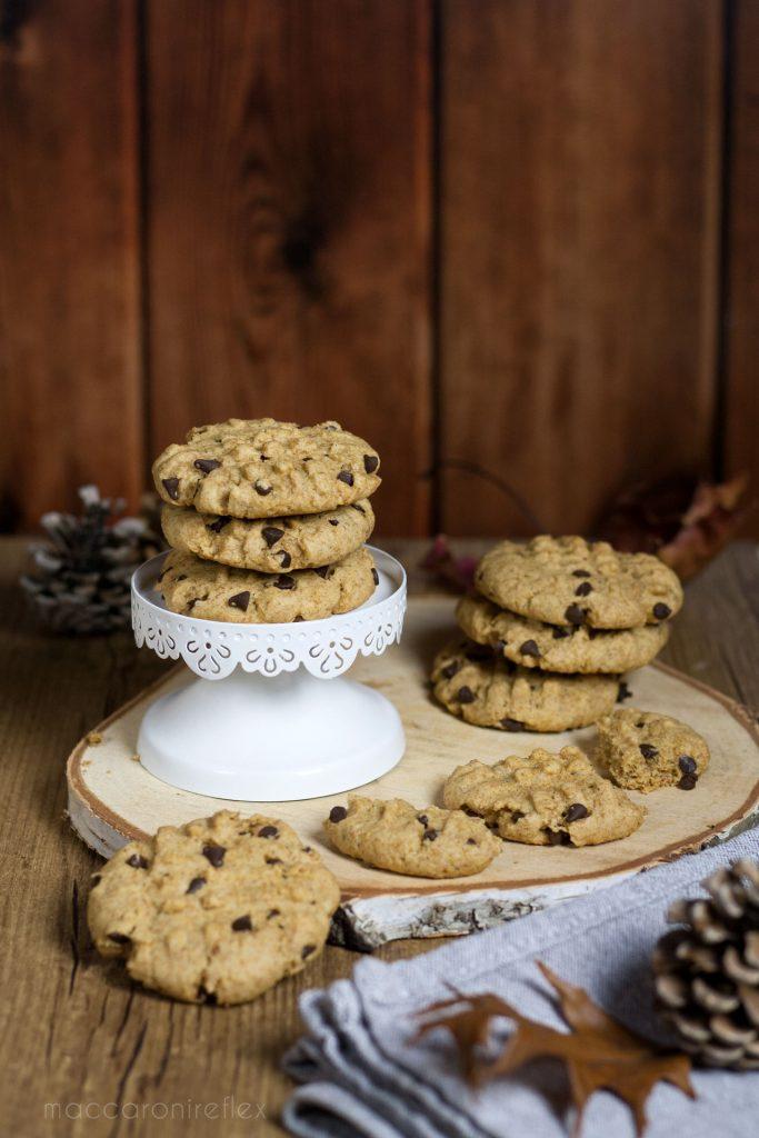 Cookies integrali con gocce di cioccolato - ricette da colazione