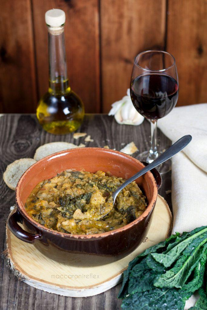 Ribollita, zuppa toscana con cavolo nero - ricetta invernale