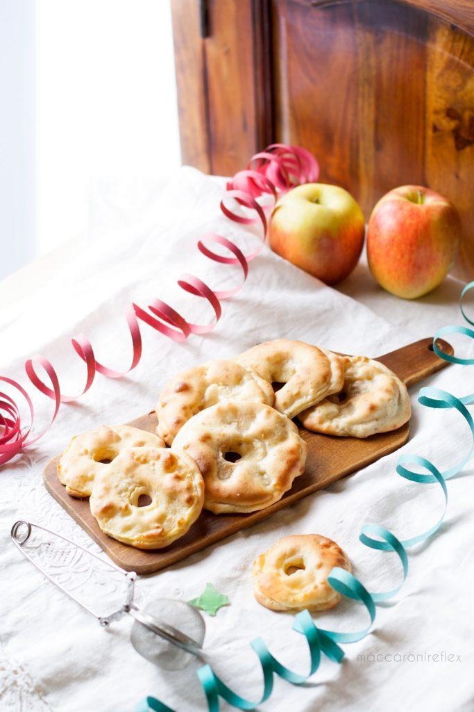 Frittelle di mele al forno morbide e leggere