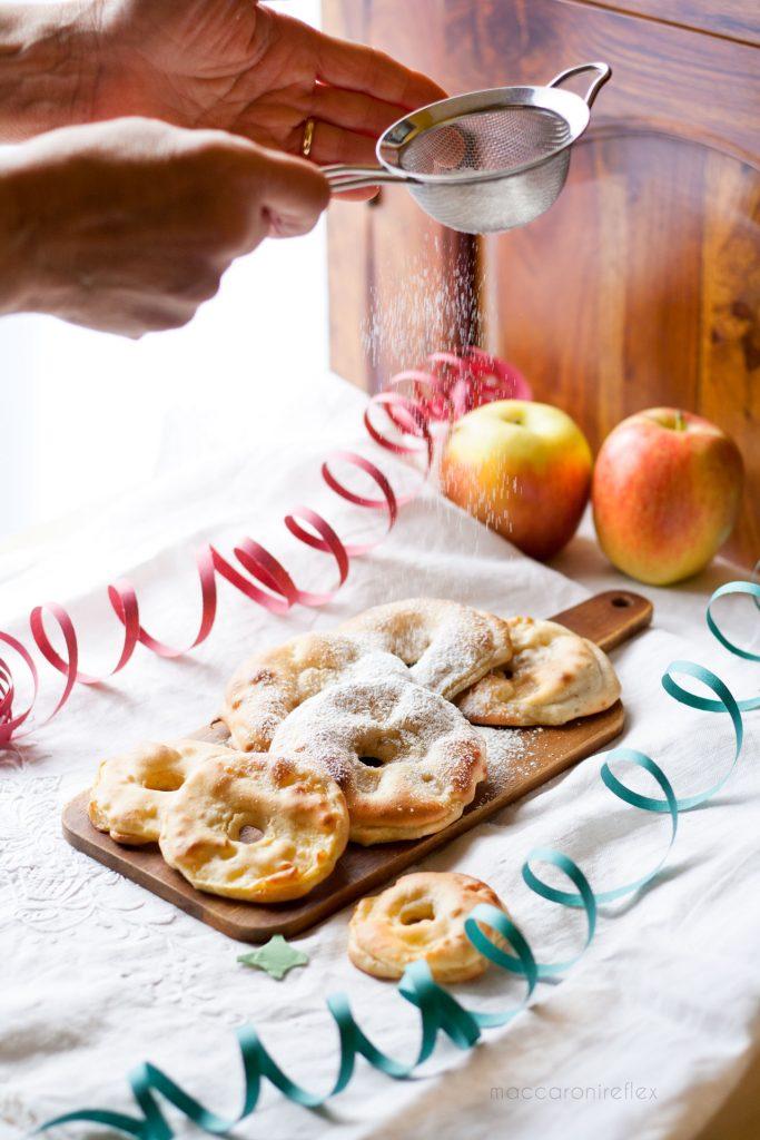 Frittelle di mele al forno leggere e morbide - ricette di Carnevale