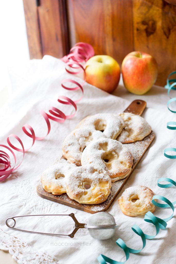 Frittelle di mele al forno per Carnevale,morbide e leggere