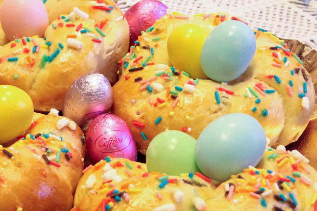 Nidi di Pasqua di pan brioche